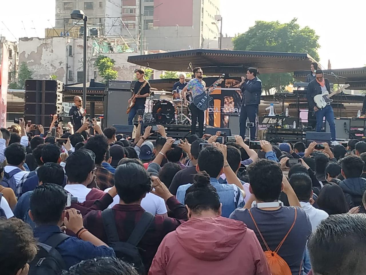 banda de rock DLD (1).jpeg